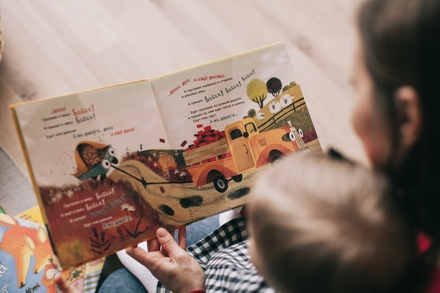 How to teach kids to read at home